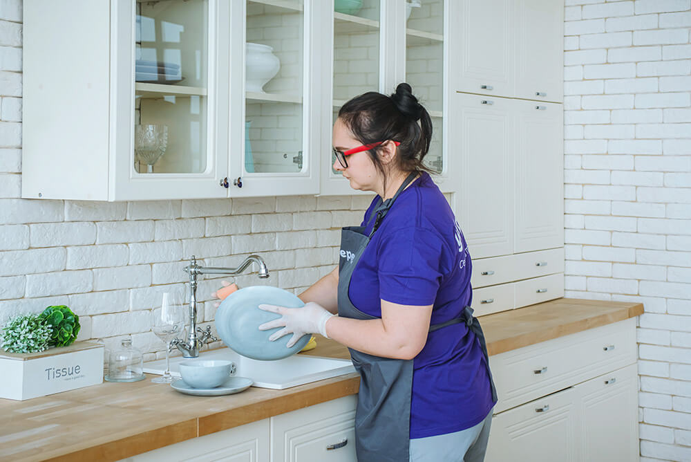 прибрати кухню київ