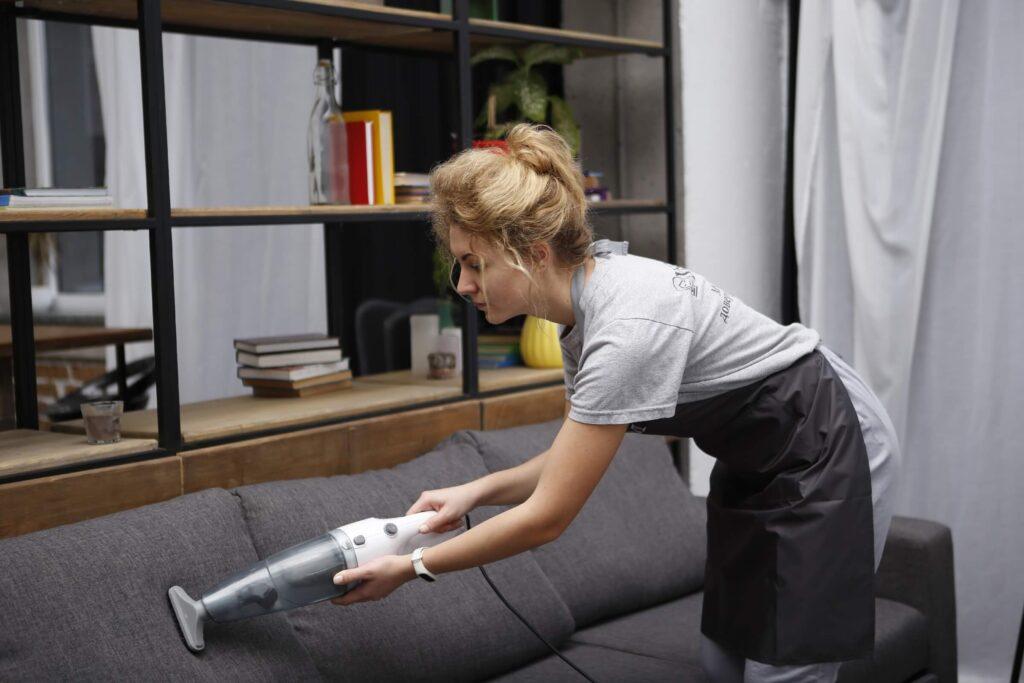 химчистка дивана в днепре